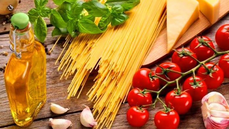 Las 5 razones que explican los beneficios de la dieta mediterranea